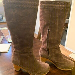 Ugg brown suede riding boots